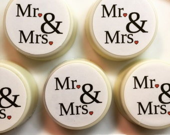 12 Mr and Mrs personalized Oreos cookies wedding favors bridal shower