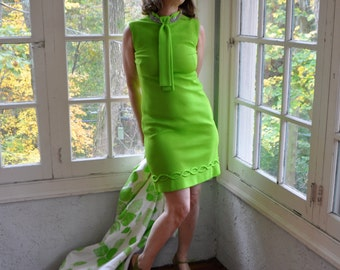 Rhinestone Collar Mod Mini Dress/Vintage 1960s/Bright Green Party Dress With Neck Tie Collar/Size Small