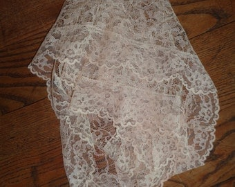 Vintage Lace Chapel Veil in Pretty Pastel Pink Blush Color,  Machine Made Lace Triangle Shaped Chapel in a beautiful vintage condition