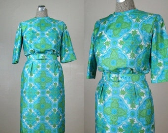 25% Off Summer Sale.... Vintage 1960s Dress 60s Green and Blue Paisley Dress by R&K Originals Size 6M