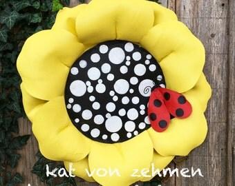 Summer Door Hanger, Spring Door Hanger, Screen Door Hanger, Bright Yellow Sun Flower Door Hanger,  Wreath