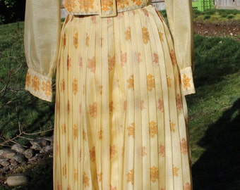 Beautiful Golden Yellow Alfred Shaheen Vintage Pleated Maxi Dress Size 10