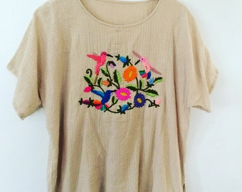 Vintage 70s / 80s Mexican CottonGauze embroidered Oversized Caftan Shirt Cover Up Hippie Boho Ethnic Natural Cotton Waffle Weave Tunic
