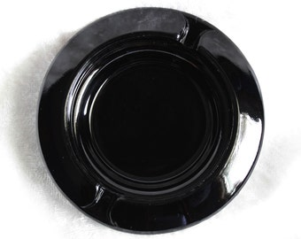 Black Round Ashtray