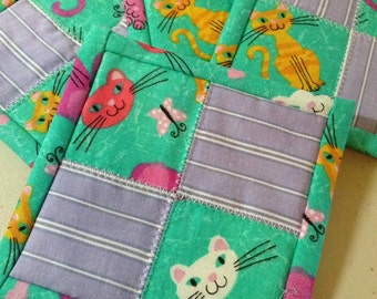 "4.5"" Kitten Quilt Block Fabric Indoor/Outdoor/Picnic Coasters/Mug Mats - 4 piece set"