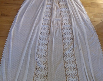 French lace bed cover