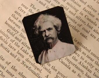 Mark Twain lapel pin brooch literary gift