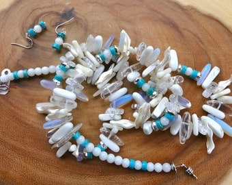 31 Inch Contemporary Southwestern Stick Bead Necklace in Whites and Creams with Earrings