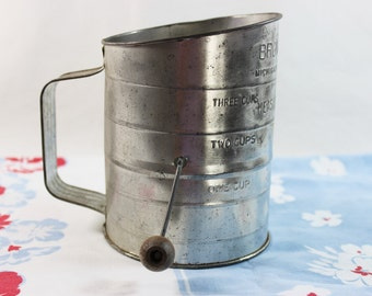 Vintage Bromwells 3 Cup Measuring Flour Sifter
