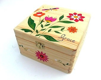 X Large memory box, Personalised keepsake Box, Hand-painted wooden box, Children's memory box, Folk flower design