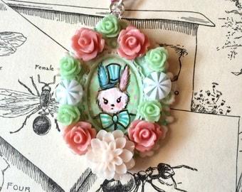 Kawaii cabochon roses bunny necklace