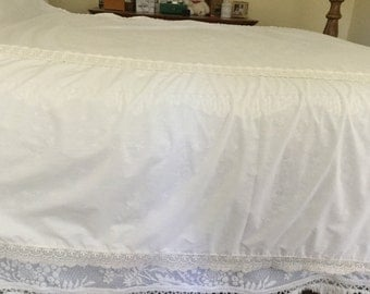 Vintage Set of Two Twin/Full Size Bedspreads,Ivory,Cotton,Lightweight,Lace