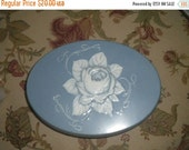 SUMMER SALE Vintage Relief Rose and Scroll Biscuit Tin, FEDERAL Sweets Co., Eclectic Decor, Storage Tin, Collectible Tin, Roses