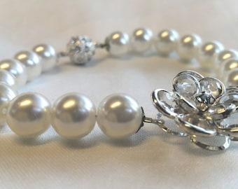 Wedding Bracelets, Ivory Pearl Bridal  Jewelry with Swarovski Clasp Amsterdam.