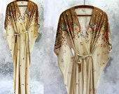 Kaftan or kimono for time off !! Romantica, delicate, light for magical nights ... Lounge wear, negligee