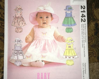 Uncut MCCALL'S #2142 - Infant Baby Girl Dress, Hat & Diaper Cover Bloomers Sewing Pattern - Size 13 lbs - 24 lbs YMA47R