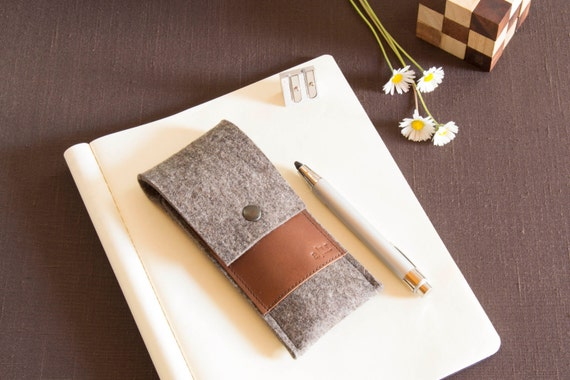 Felt and leather PEN HOLDER, sunglasses case, pencil case, grey and brown, wool felt, handmade, made in Italy