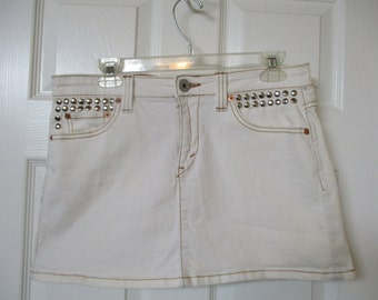 """Levi mini skirt size 33"""" waist upcycled studs added super low light pink with silver color studs levi denim skirt"""
