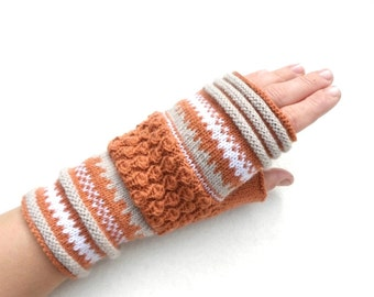 Merino wool fingerless gloves,womens wrist warmers,autumn fashion,beige fingerless mittens,winter fashion accessories,Christmas gift for Her