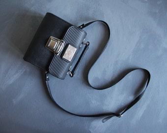 Vintage black faux leather small top handle mini shoulder handbag bag