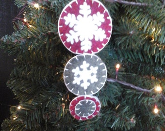 Penny rug style ornament snowflake 3 tier 6 inches
