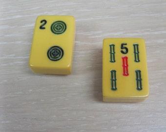 Bakelite full sized Mahjong tile magnet
