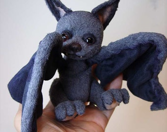 Sew your own Bat with movable  eyelids  ebook with 52 pages and pattern by Furry Critters