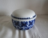 Beautifull vintage Rorstrand design Mon Amie sugar bowl