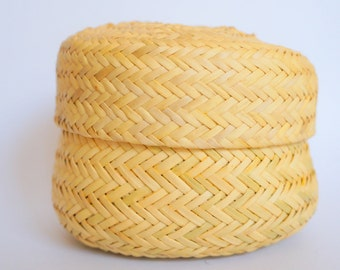 Hand Woven Reed Basket Bowl with Lid