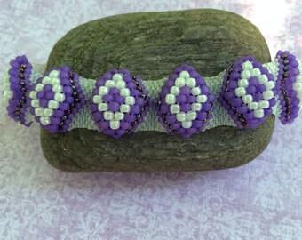 Purple Bead Bracelet Bead Woven Bracelet Peyote Bead Bracelet Purple Beaded Cuff Beadwork Bracelet Peyote Bracelet Beaded Bracelet
