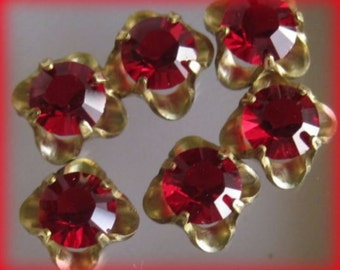 Light Siam Swarovski Crystal 8MM Rhinestone Jewel Flower Sew On 4 loop Connector