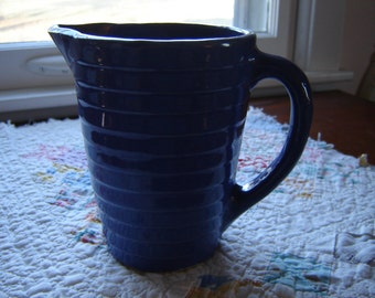 Vintage blue pitcher collectible pottery retro chic cottage chic French Country ribbed sides USA pottery