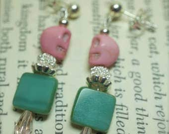 008 Pink Skull Earrings