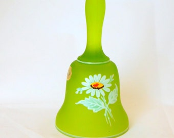 Westmoreland, Satin, Daisy Pattern Bell Circa 1970's, Green Bell