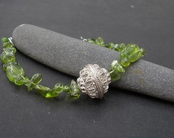 Natural Gemstone Peridot Nugget - 925 Sterling Silver Bali Silver Bracelet