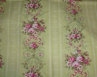 "35""of Paris Bebe Quilt Cotton Fabric by Robin Mynatt  Paris Bebe Fabrics"