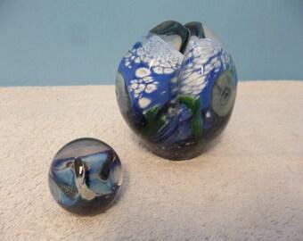 2 Vintage Signed Eickholt Art Glass Paperweight Paper Weight Sculptures 11662384