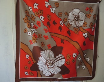 Vintage 1970s scarf abstract flower large print polyester 26 x 27 inches
