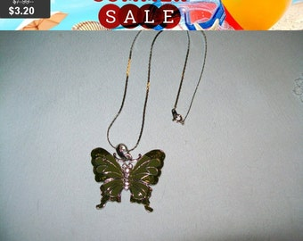 SALE 60% Off vintage butterfly pendant necklace, butterfly pendant, butterfly jewelry
