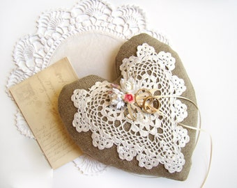 Rustic, Ring Bearer Pillow, Vintage Heart, Wedding Ring Pillow, Heart Ring Bearer Cushion, Wedding Ceremony, Wedding Accessory, Romantic