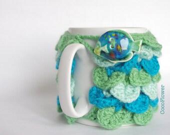 Cozy Mug Coffee Warmer green blue animal exotic fish Artisanal Ceramic button crocodile stitch Sweater Tea Sleeve Cover Crochet Wool Ooak