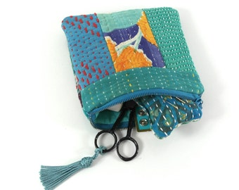 sewing kit, travel sewing kit, kantha pouch with sewing accessories, kantha purse