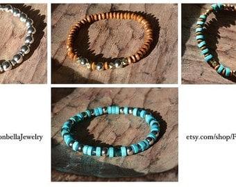 Set of (4) bracelets