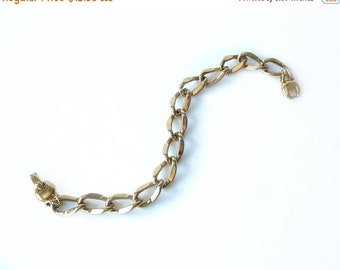 Vintage Monet Curb Chain Bracelet Gold Tone