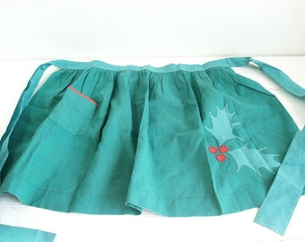 Vintage Hand Made Green Holly Leaf Christmas Apron