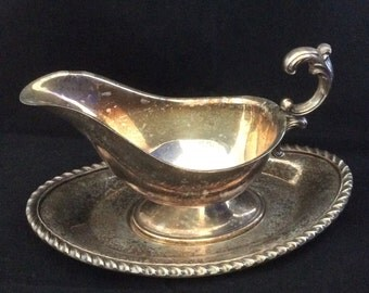 SilverPlate Gravyboat with Saucer