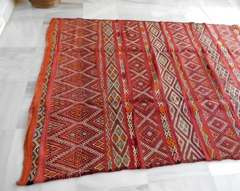 Sale! Beautiful Vintage Moroccan Kilim | 6' x 5.3' | ships from USPS