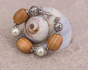 wood, Bali and pearls