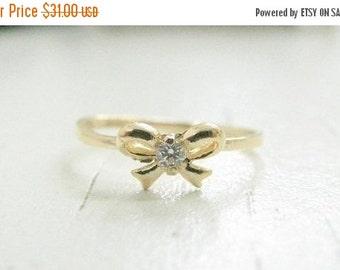 Sale - Diamond Bow ring, (7)