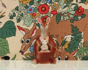 Vintage Kangaroo and Joey Salt and Pepper Pots Shakers Cruet Set Australia